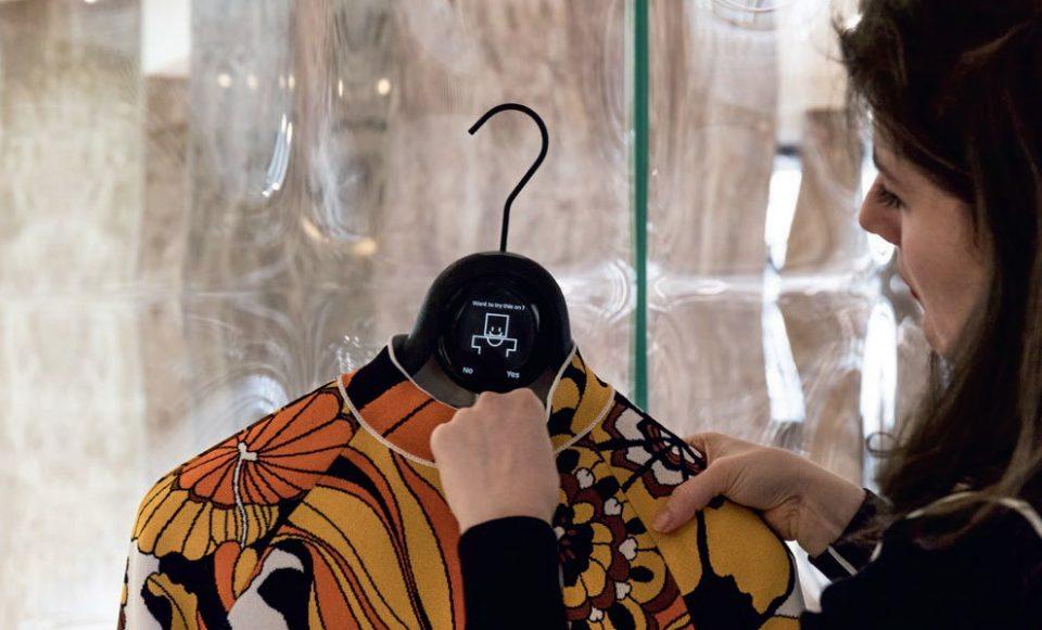 """Avec l'application """"Personnal Stylist 2.0"""", le groupe Galeries Lafayette s'essaie au personal shopper virtuel. Photos DR"""